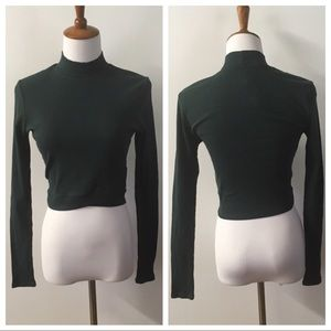 ‼️SOLD‼️Charlotte Russe Green Mock Neck Crop Top